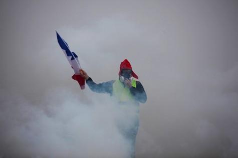 manifestant-gilet-jaune-1er-decembre-Paris-AFP